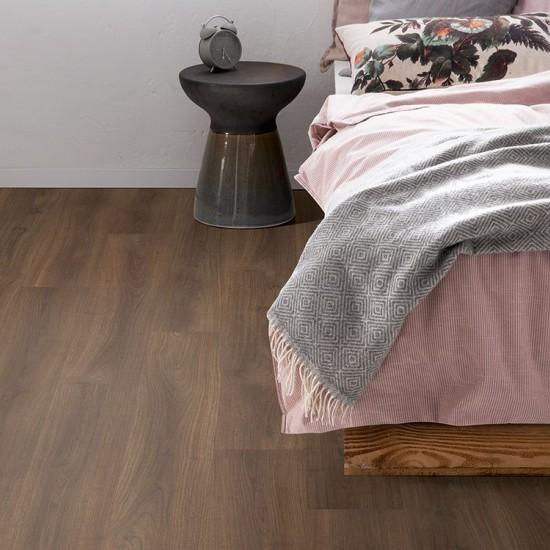 Egger EPL175 Dark Bedollo Walnut Pro laminált padló. 367594
